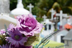 Déroulement d'une cérémonie d'obsèques
